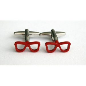 gemelos gafas rojas